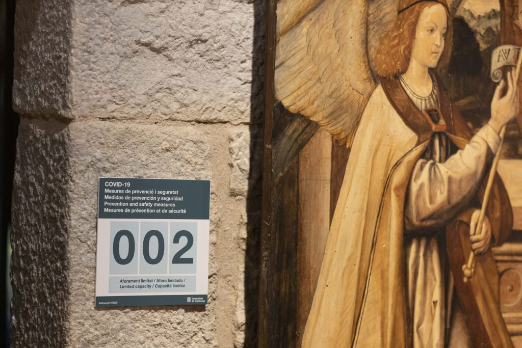 Detall de les indicacions del Museu per la Covid-19