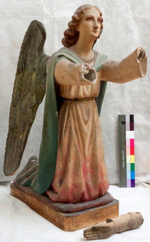 escultura dàngel sense mans